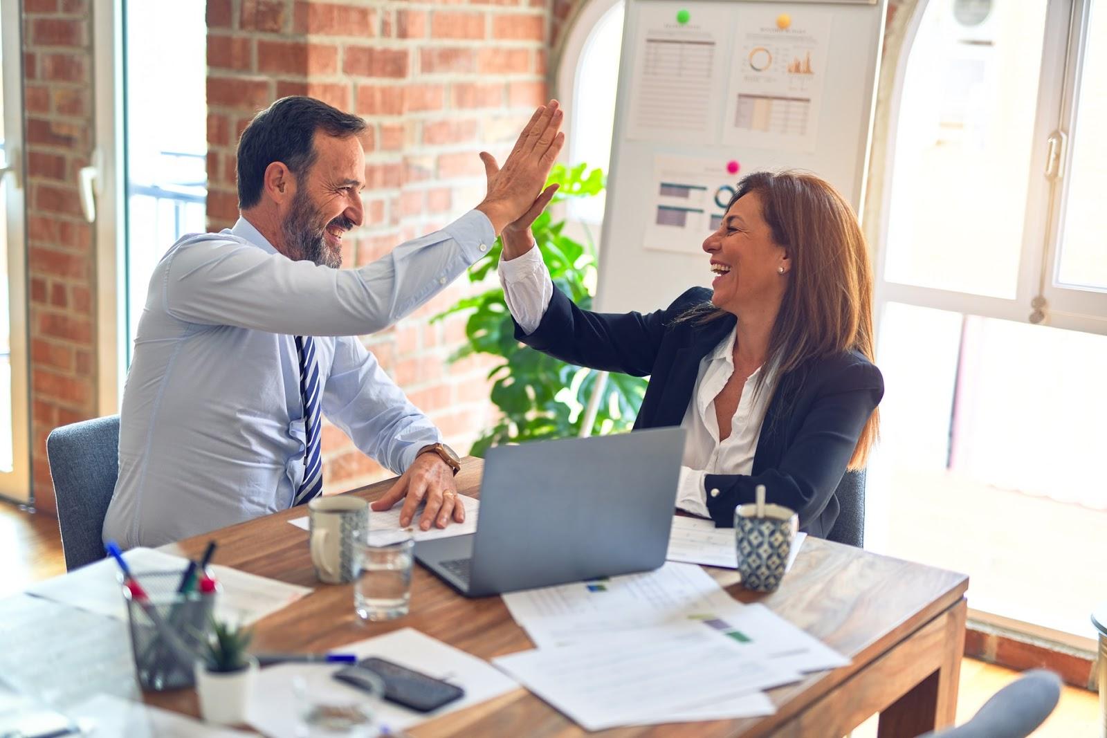 Zarządzanie zespołem. Jak zarządzać pracownikami w erze pracy zdalnej?