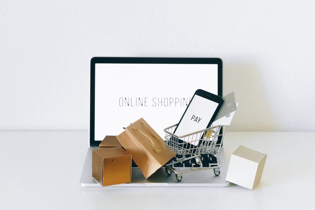 Rynek e-commerce w Polsce. Ewolucja usług w dobie pandemii